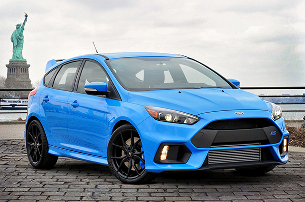 "NEW FORD FOCUS RS MAKES US REDEFINE THE TERM ""FAMILY CAR"""