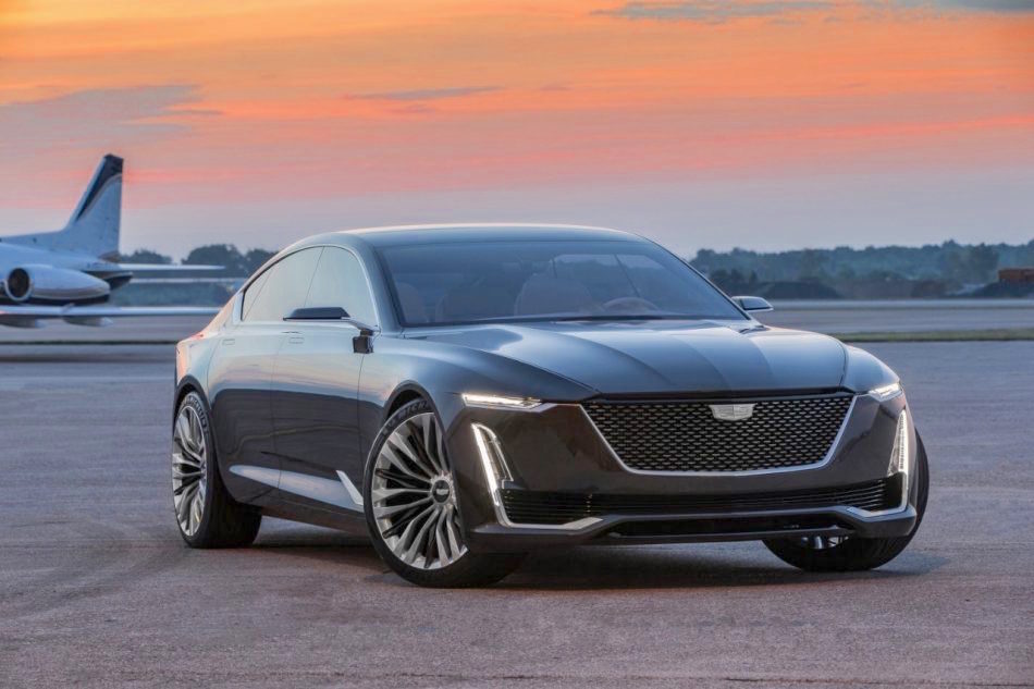 CADILLAC UNVEILS ESCALA CONCEPT AT PEBBLE BEACH