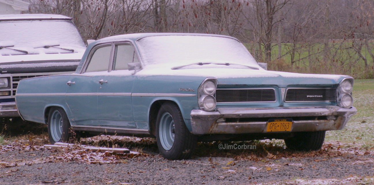 Realrides of WNY - 1963 Pontiac Star Chief