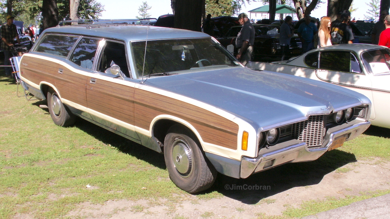 1971 ford ltd station wagon