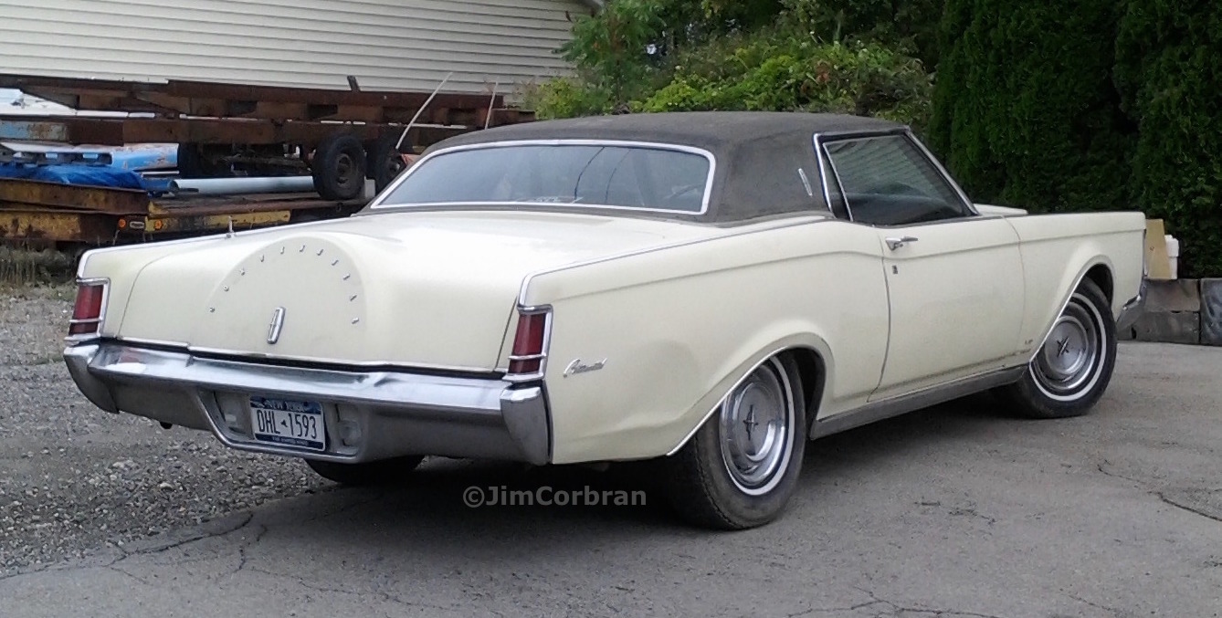 RealRides of WNY - Lincoln Continental Mark III