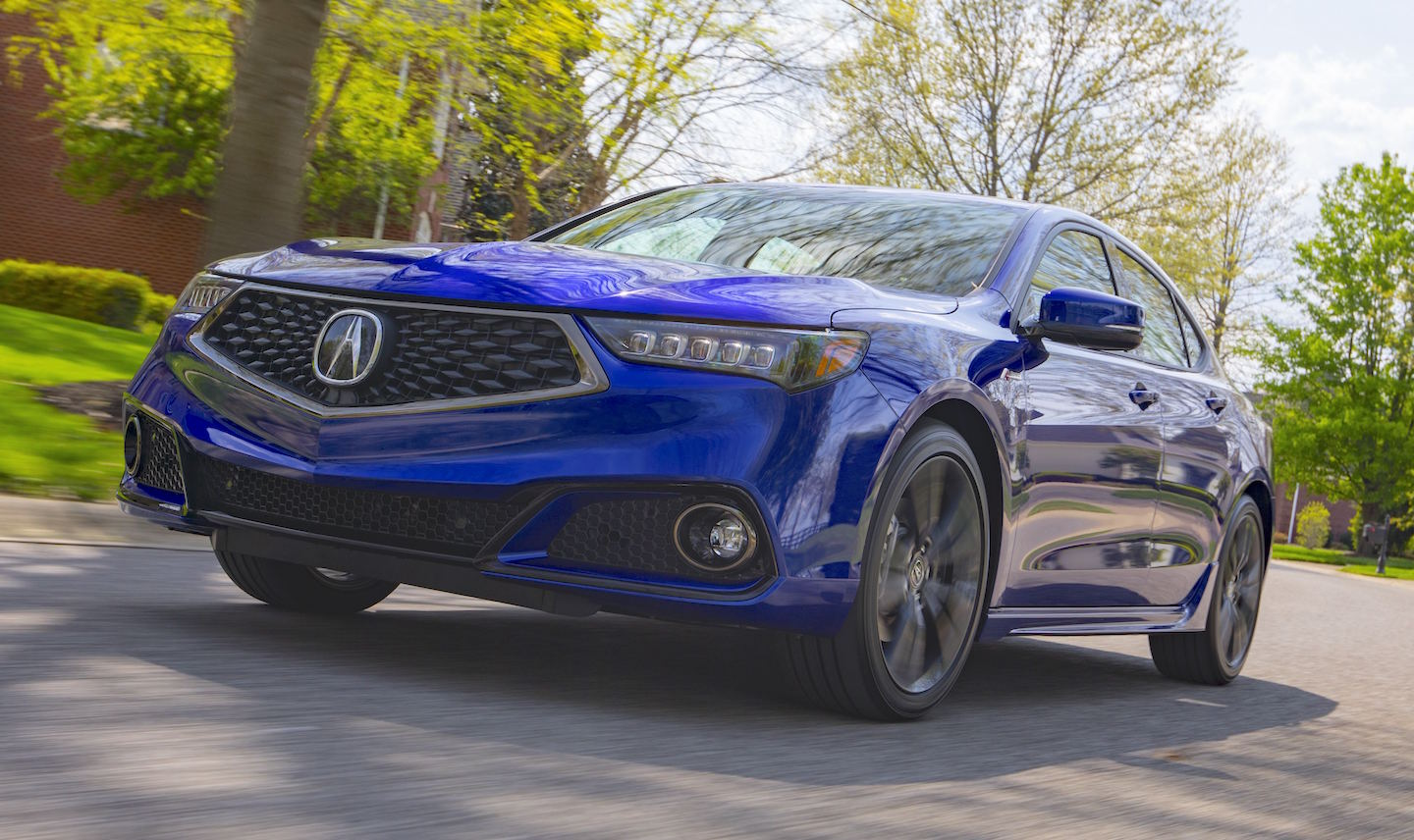 ACURA DOES AN ABOUT FACE — The 2018 TLX