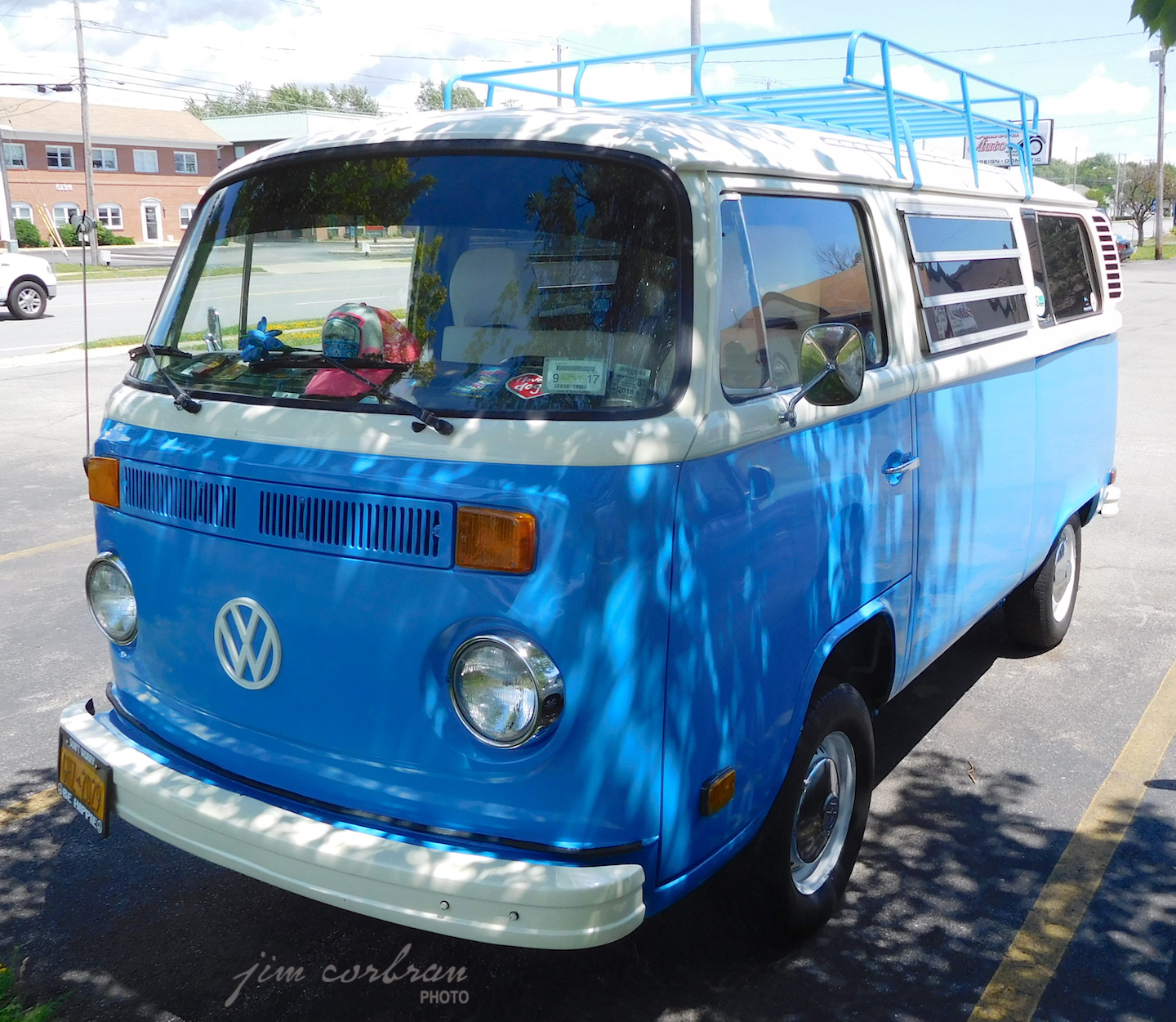 RealRides of WNY - 1977 VW Bus