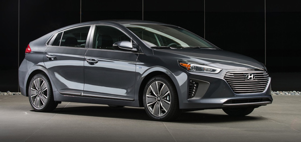 HYUNDAI ENTERS THE FRAY OF WEIRDLY-NAMED CARS …