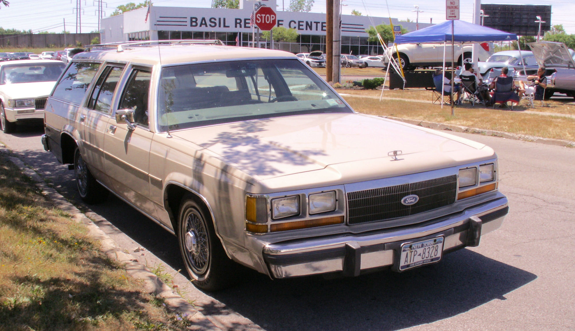 RealRides of WNY - 1988 Ford Crown Victoria