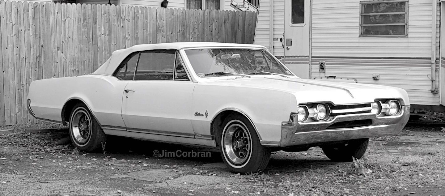 RealRides of WNY - 1967 Olds Cutlass Supreme