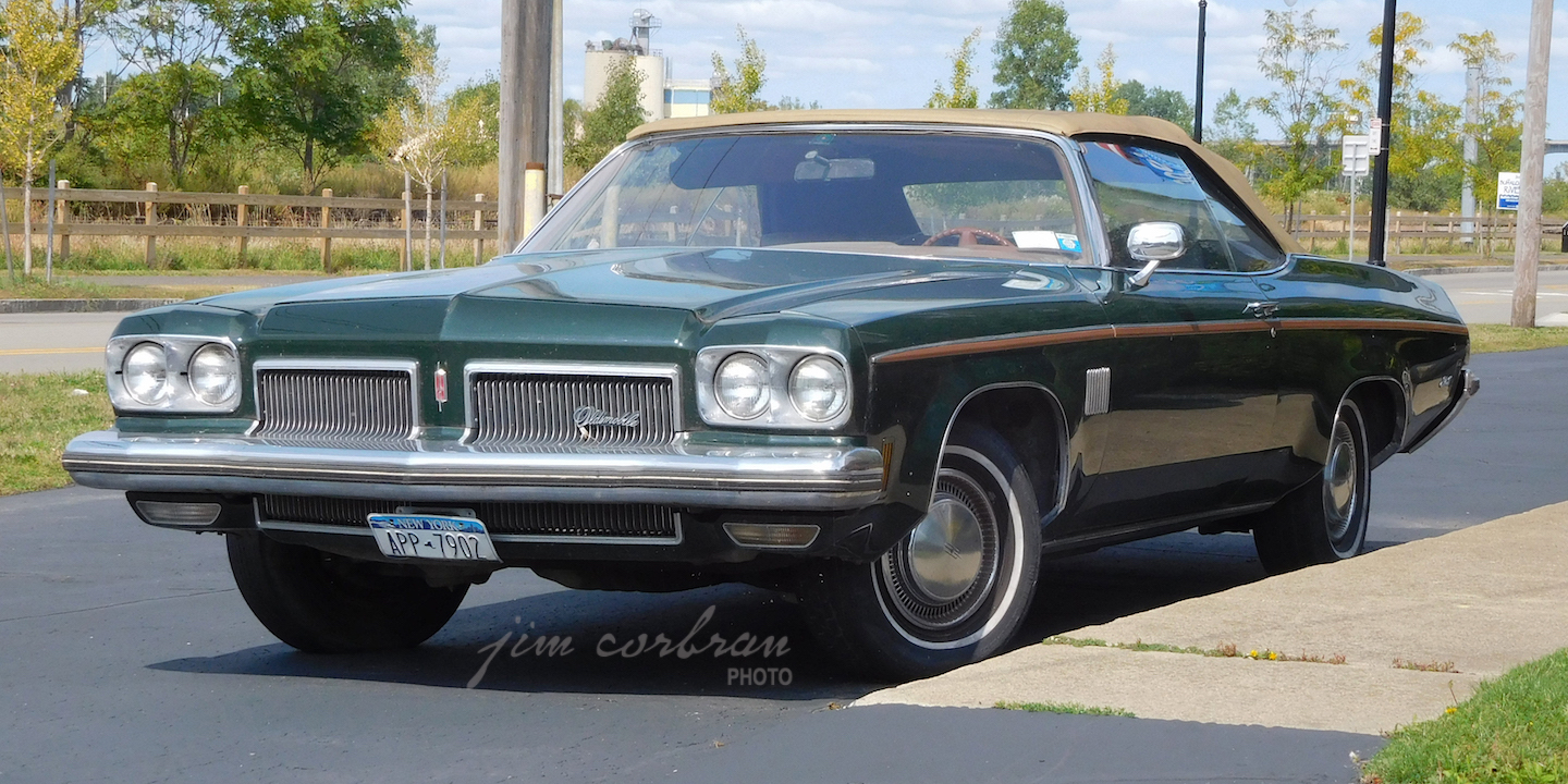 RealRides of WNY - 1973 Olds Delta 88 Royale