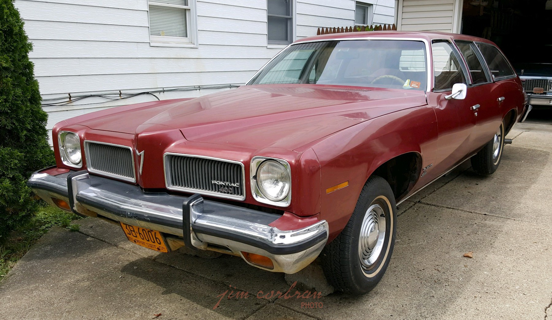 RealRides of WNY - 1973 Pontiac LeMans Safari
