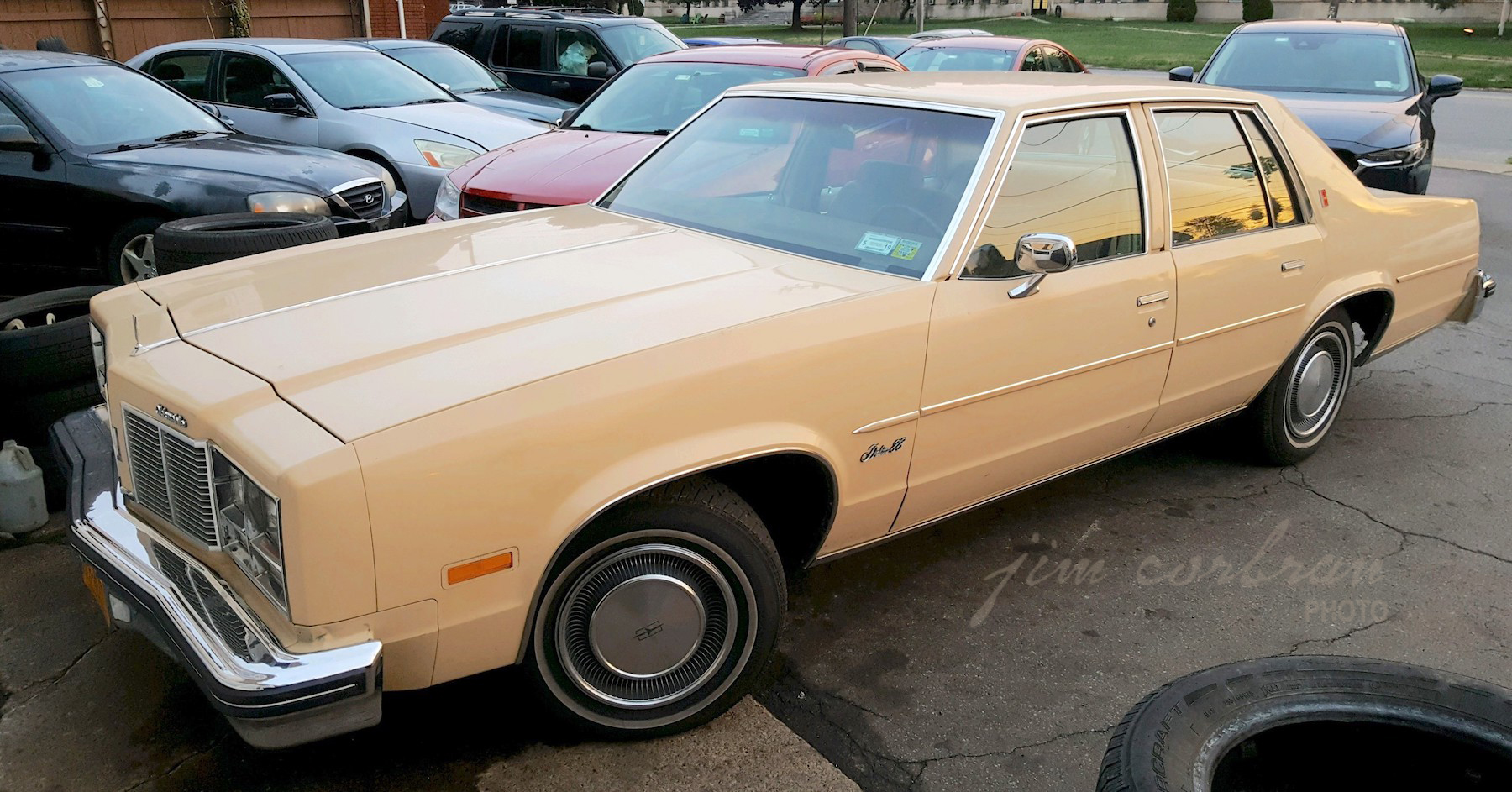 RealRides of WNY - 1977 Olds Delta 88