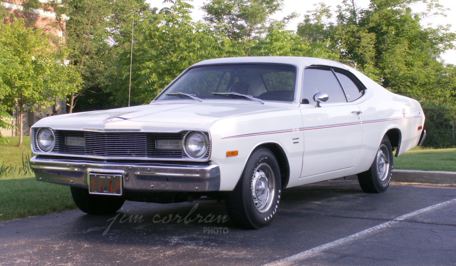 RealRides of WNY - 1975 Dart Hang 10